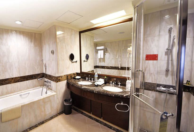 Ultimate List of Best Luxury Hotels in Taiwan, Tainan, Evergreen Plaza Hotel