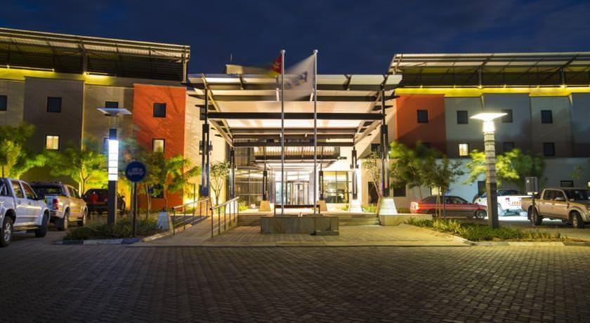 Ultimate List of Best Luxury Hotels in Tete Park Inn by Radisson