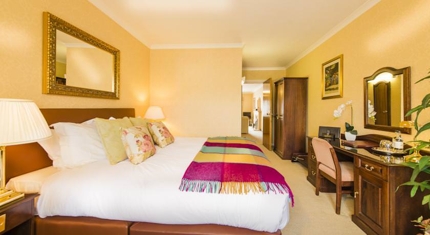 Ultimate List of Luxury Hotels in New Amsterdam Guyana Parkway Hotel