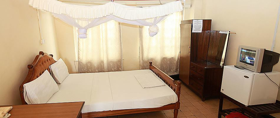 Ultimate list of best Backpacker Hotels In Mombasa New Palm Tree