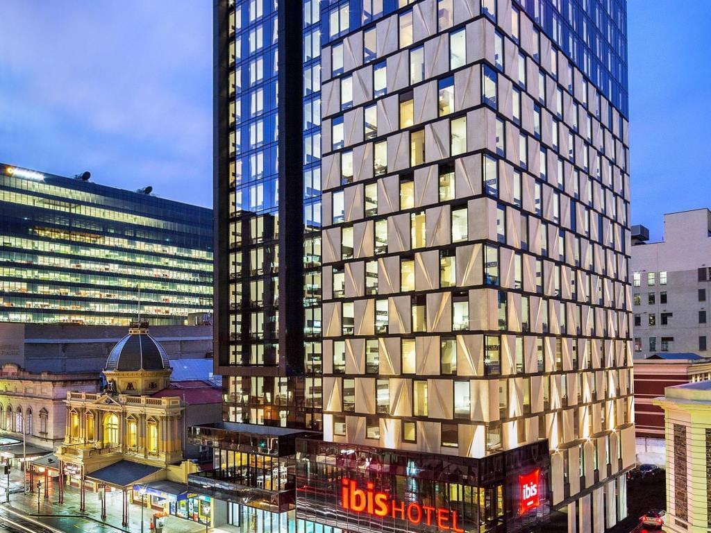 Ultimate list of best luxury hotels in Adelaide, Australia ibis Adelaide