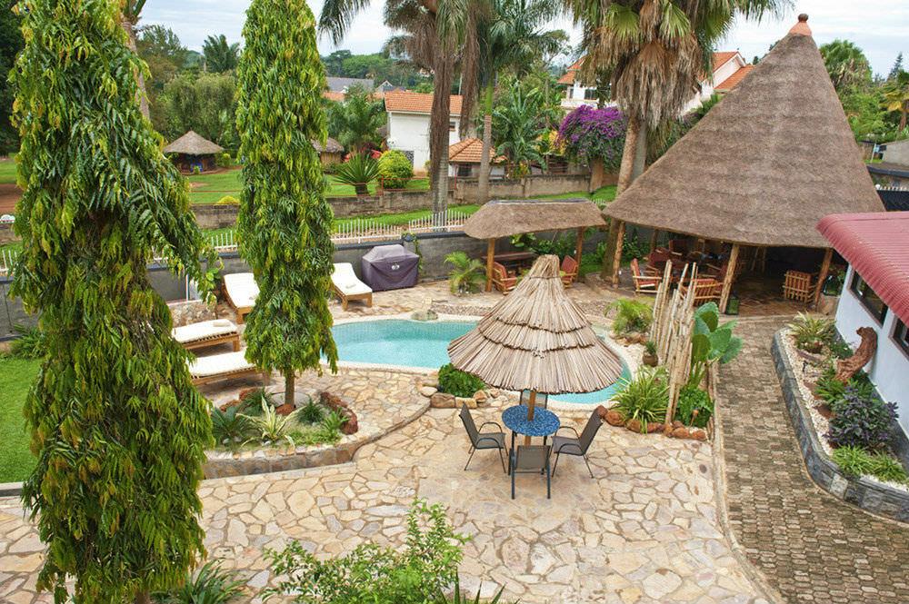 Ultimate list of best luxury hotels in Entebbe, Uganda_2 Friends Entebbe Beach Hotel