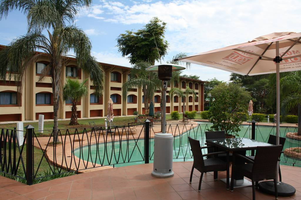 Ultimate list of best luxury hotels in Lusaka, Zambia_Cresta Golfview Hotel