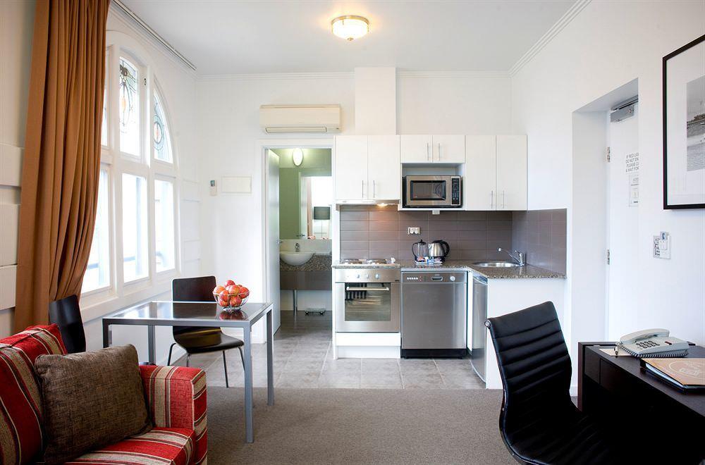Ultimate list of best luxury hotels in Melbourne, Australia Alto Hotel