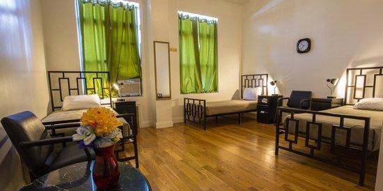 Best List of Hostels in Brooklyn, New York - NY Moore Hostel