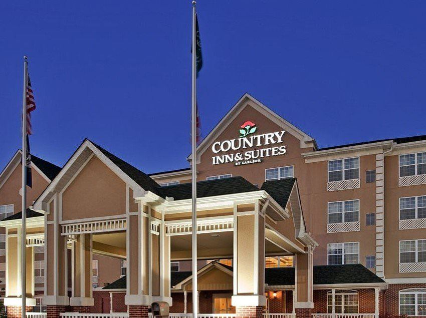 Ultimate List of Best Luxury Hotels in Bowling Green City, Kentucky, Country Inn & Suites by Carlson Bowling Green
