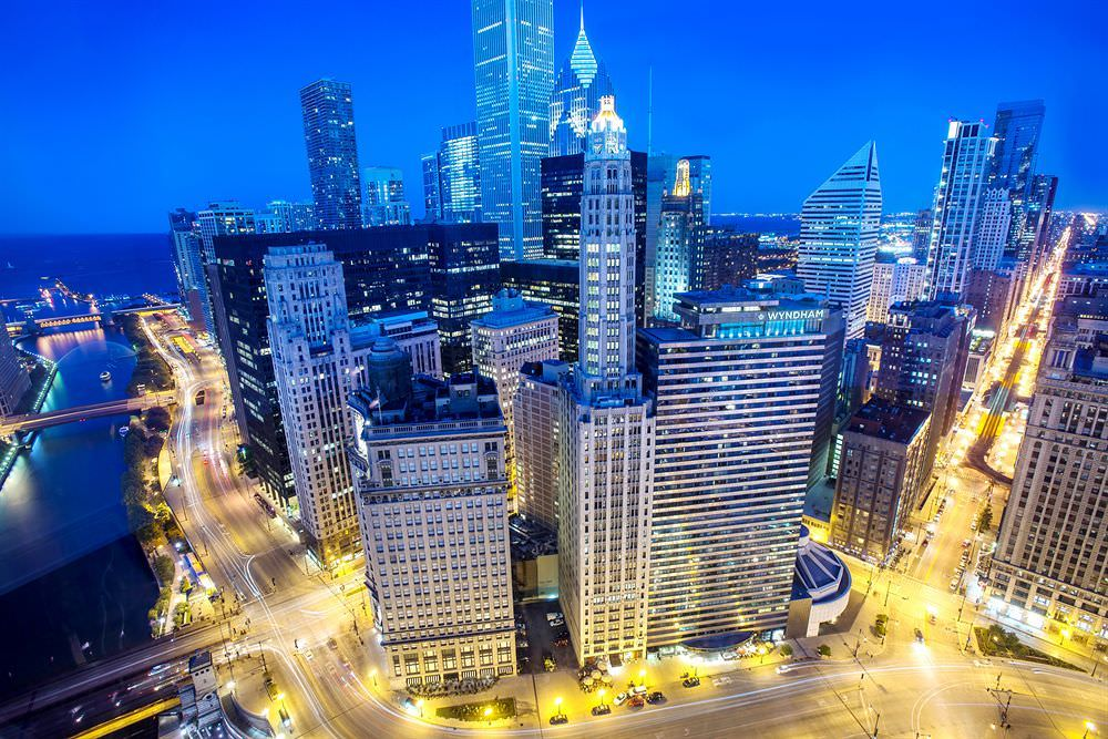 List of the best hotels in illinois usa from cheap to for Top luxury hotels in chicago