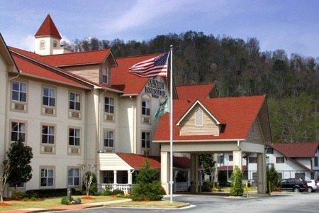 Ultimate List of Best Luxury Hotels in Helen, Georgia, Country Inn & Suites Helen