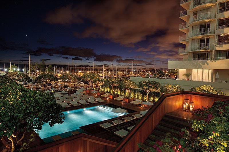 Ultimate List of Best Luxury Hotels in Honolulu, Hawaii, The Modern Honolulu Hotel