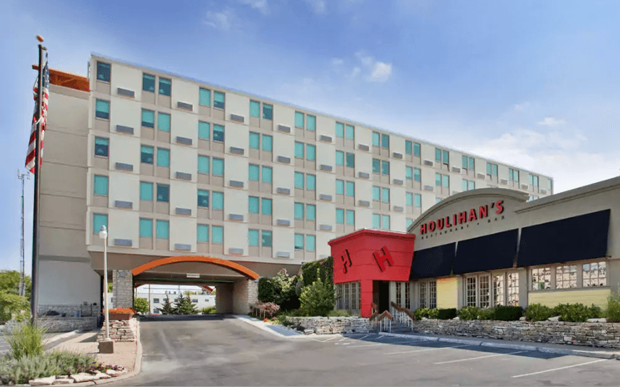 Ultimate List of Best Luxury Hotels in Kansas, USA Holiday Inn at the Campus
