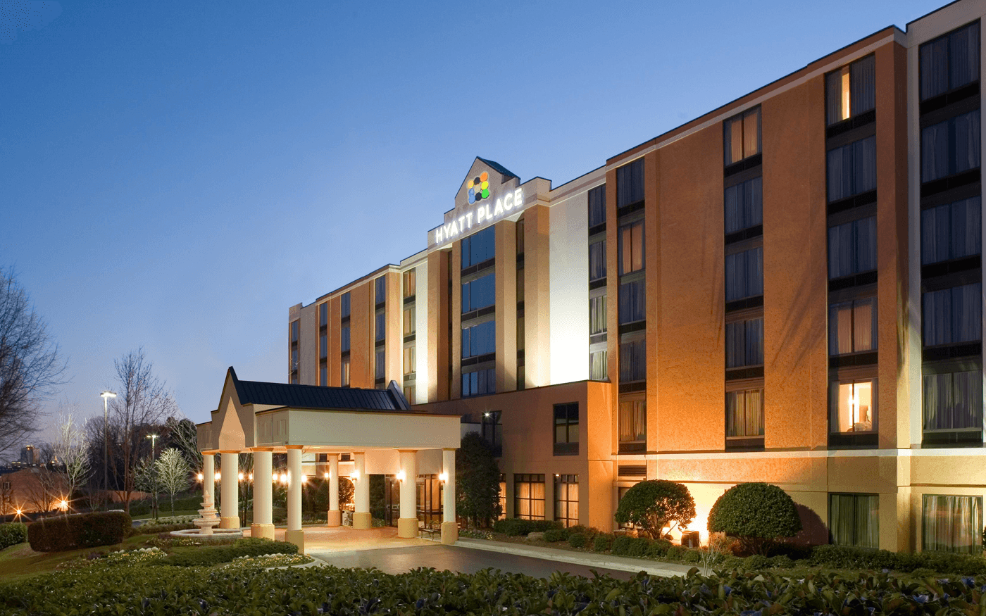 List of best the luxury hotels in kansas usa for Best value luxury hotels