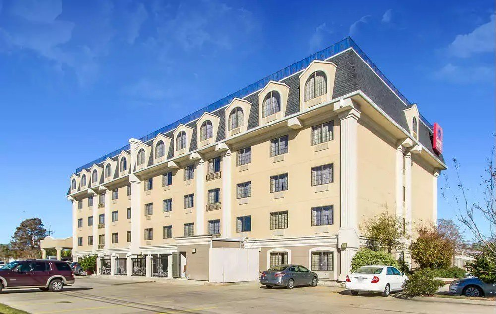Ultimate List of Best Luxury Hotels in Kenner City, Louisana, Comfort Suites Airport Kenner