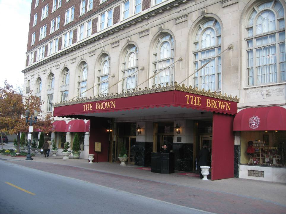Ultimate List of Best Luxury Hotels in Louisville City, Kentucky, The Brown Hotel