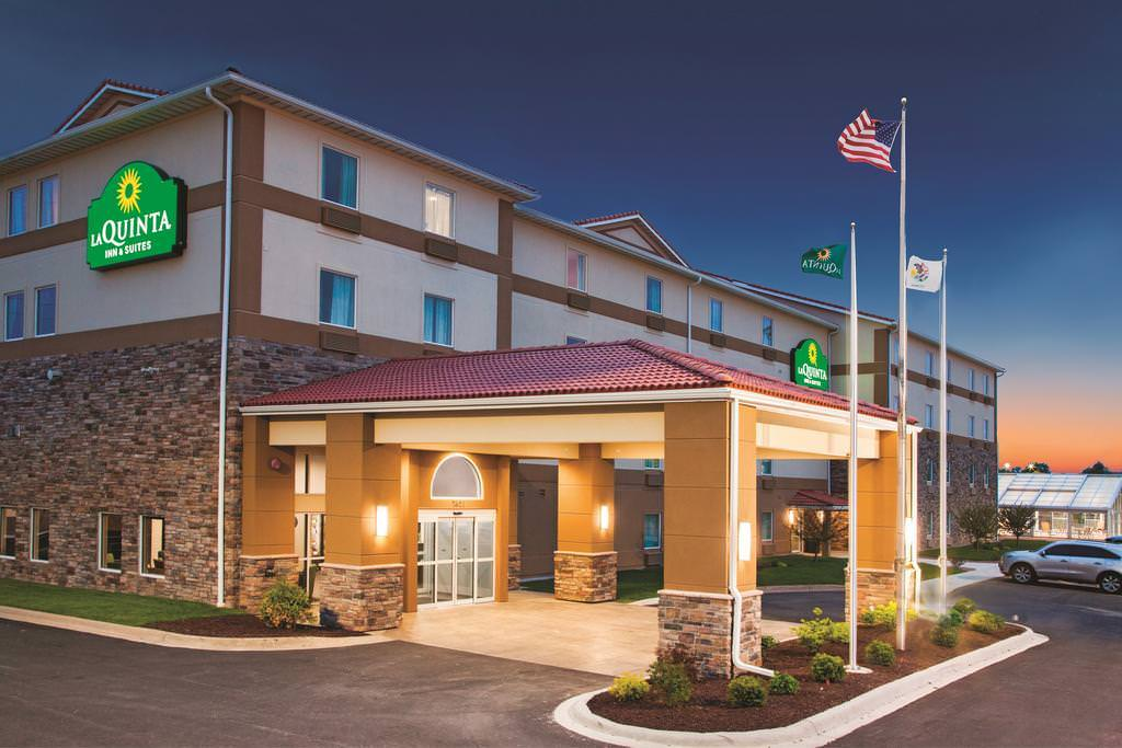 Ultimate List of Best Luxury Hotels in Rockford City, Illinois, La Quinta Inn & Suites Rockford
