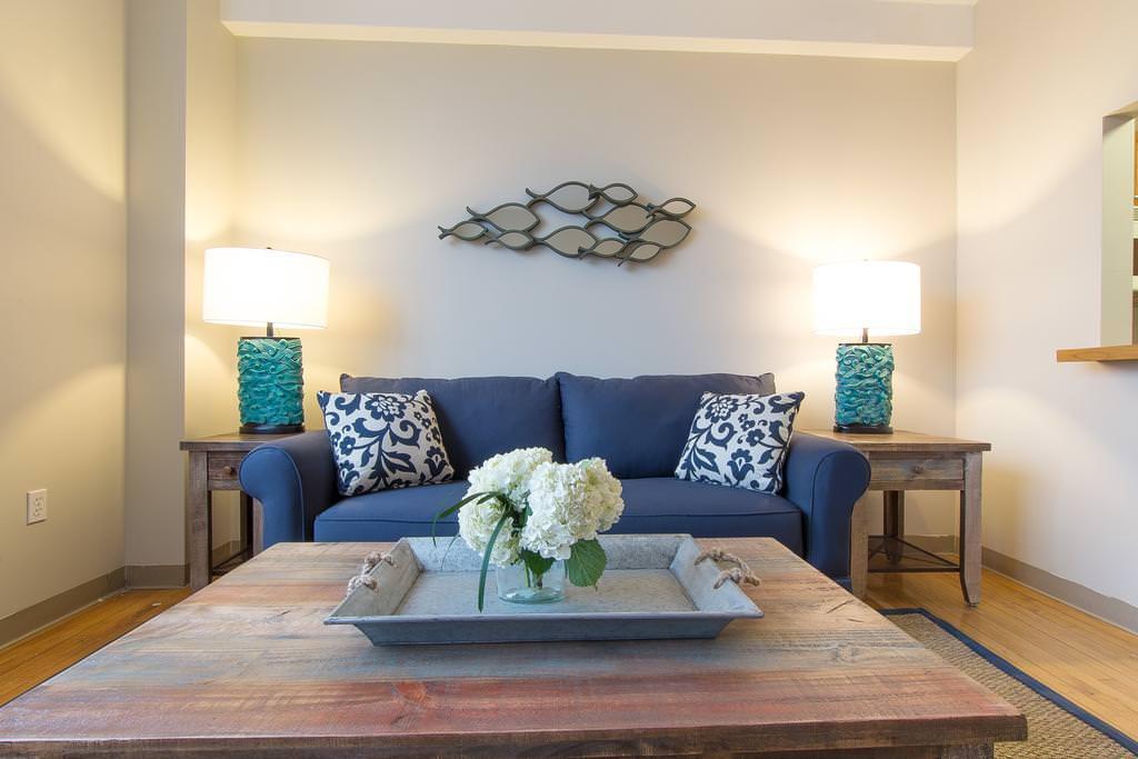 Ultimate List of Best Luxury Hotels in Winthrop, Massachusetts, Winthrop Beach Inn and Suites Boston Logan Airport