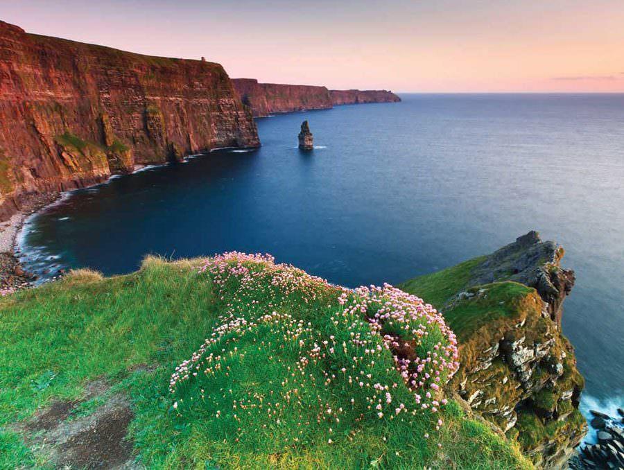 two monkeys travel - family travel -Vantage-Ireland-1