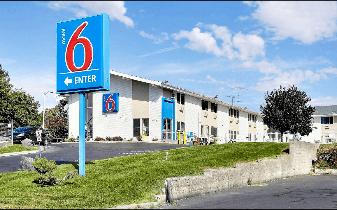 Ultimate List of Best Backpacker Hostels in Idaho, USA Motel 6 Idaho Falls