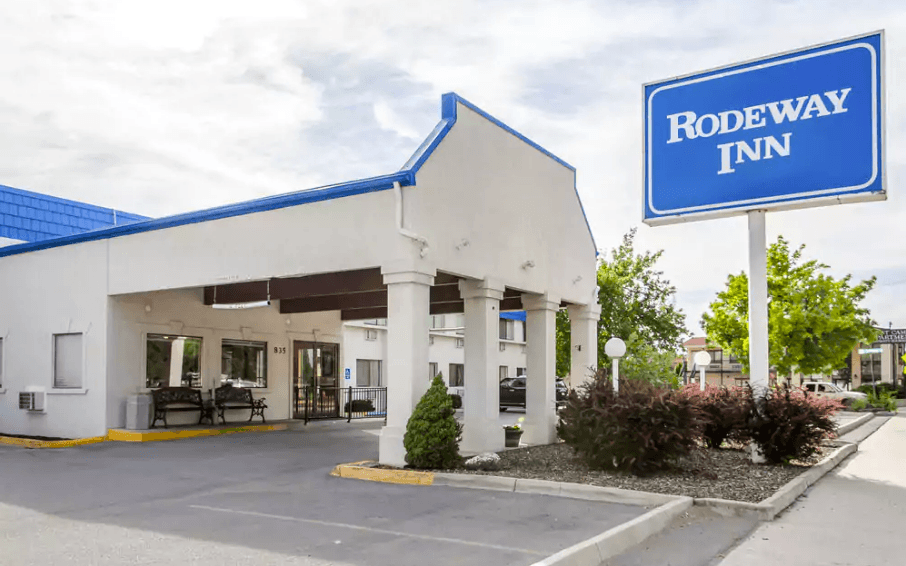 Ultimate List of Best Backpacker Hostels in Idaho, USA Rodeway Inn University Pocatello