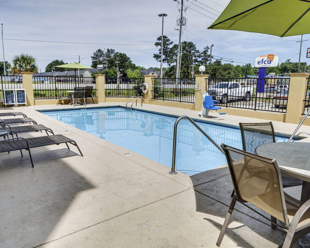 Ultimate List of Best Backpacker Hotels In Baton Rouge Quality Suites