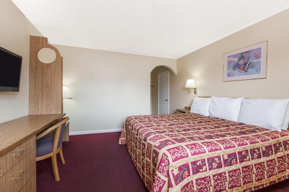Ultimate List of Best Backpacker Hotels In Metairie Knights Inn