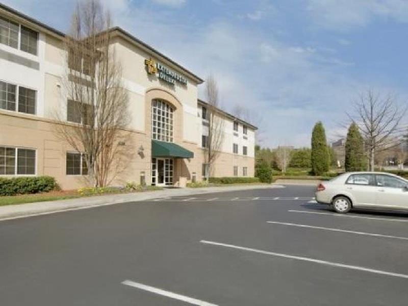 Ultimate List of Best Cheap Hostels for Backpackers in Sandy Springs, Georgia, Extended Stay America - Atlanta - Perimeter - Peachtree Dunwoody