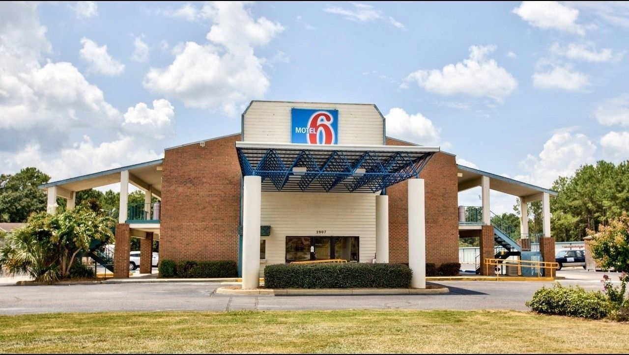 Ultimate List of Best Cheap Hostels in Dothan, Alabama, Motel 6 Dothan