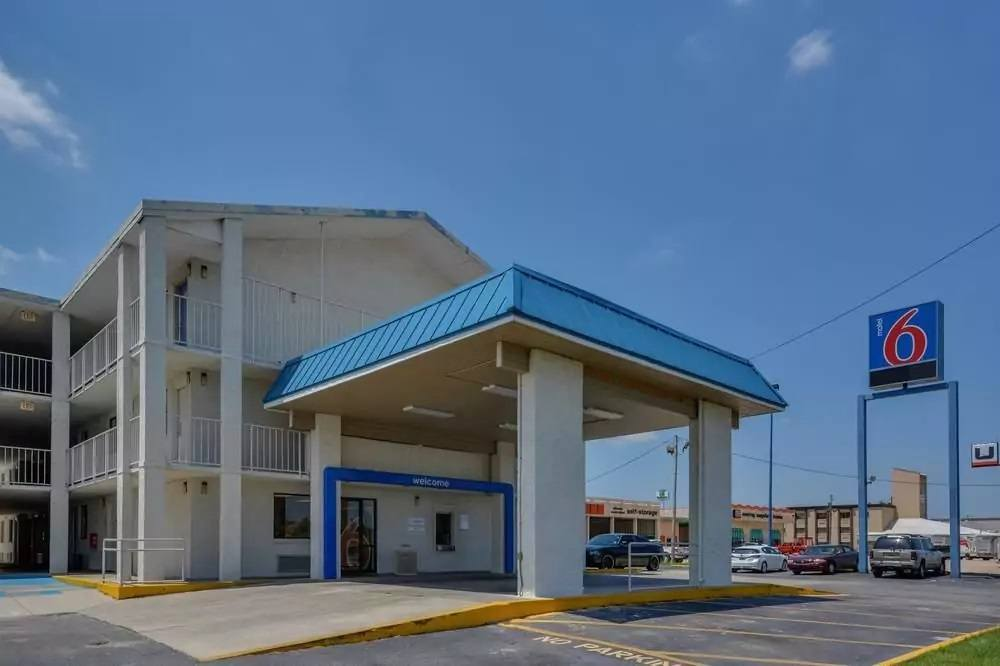 Ultimate List of Best Cheap Hostels in Mobile, Alabama, Motel 6 Mobile North