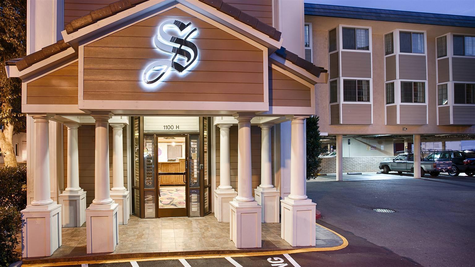 Ultimate List of Best Luxury Hotels in California, Best Western PLUS Sutter House