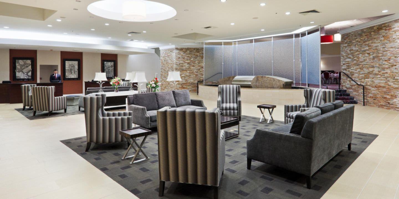Ultimate List of Best Luxury Hotels in California, Crowne Plaza Sacramento Northeast
