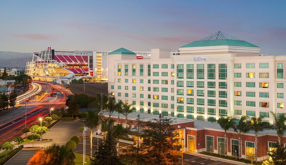 Ultimate List of Best Luxury Hotels in California, Hilton Santa Clara Hotel