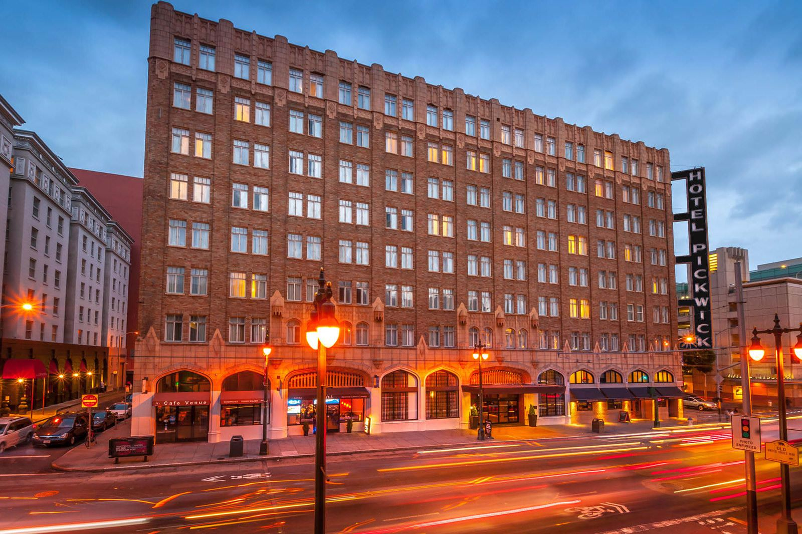 Ultimate List of Best Luxury Hotels in California, The Pickwick Hotel