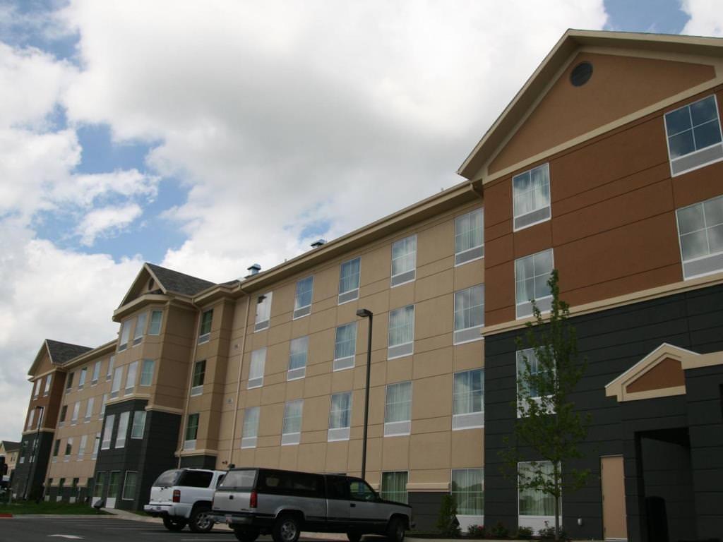 Ultimate List of Best Luxury Hotels in Fayetteville, Arkansan, Homewood Suites by Hilton Fayetteville