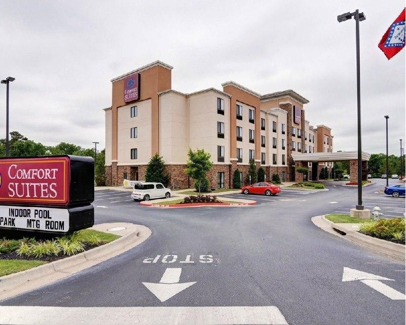 Ultimate List of Best Luxury Hotels in Little Rock, Arkansan, Comfort Suites - Little Rock