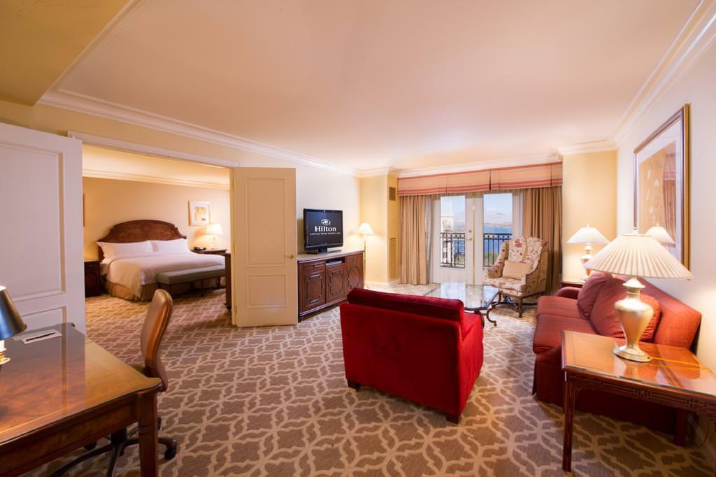 Ultimate List of Best Luxury Hotels in Nevada Hilton Lake Las Vegas Resort and Spa