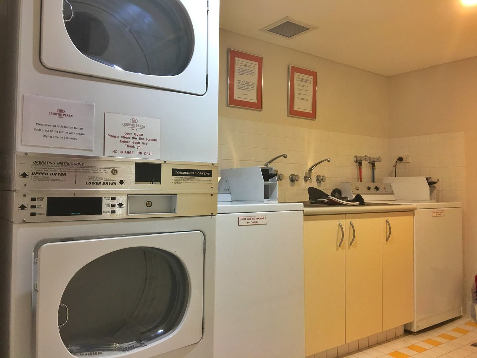 Crowne Plaza Perth A Wonderful Hotel Experience Enhanced by an Expected Reunion Laundry and Dry Center