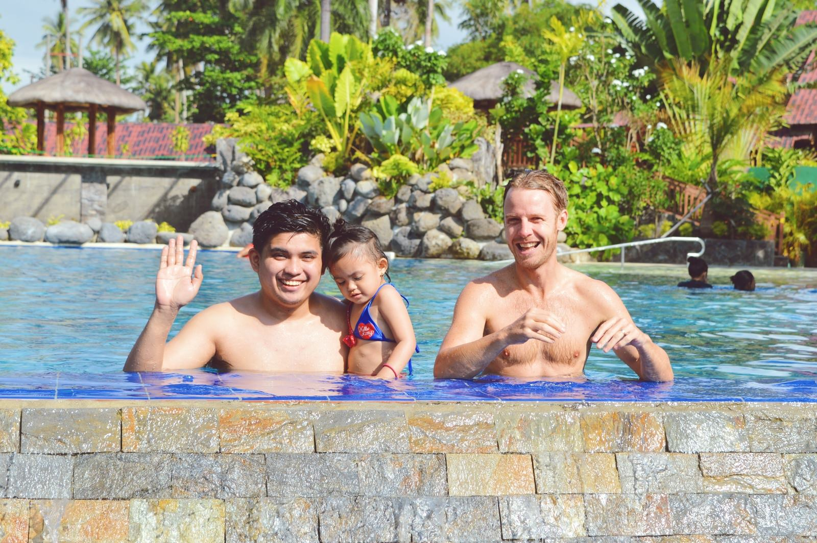Family-Travel-Summer-Tips-10-Ways-to-Have-a-Memorable-Holiday-