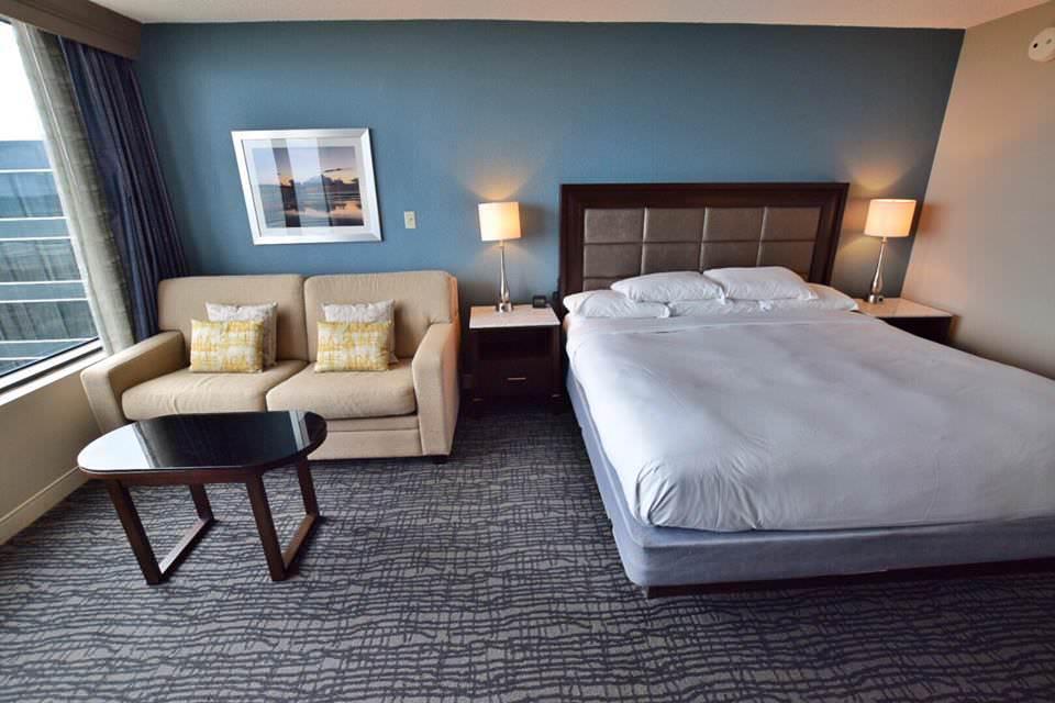 Hilton-Beach-Oceanfront-Room