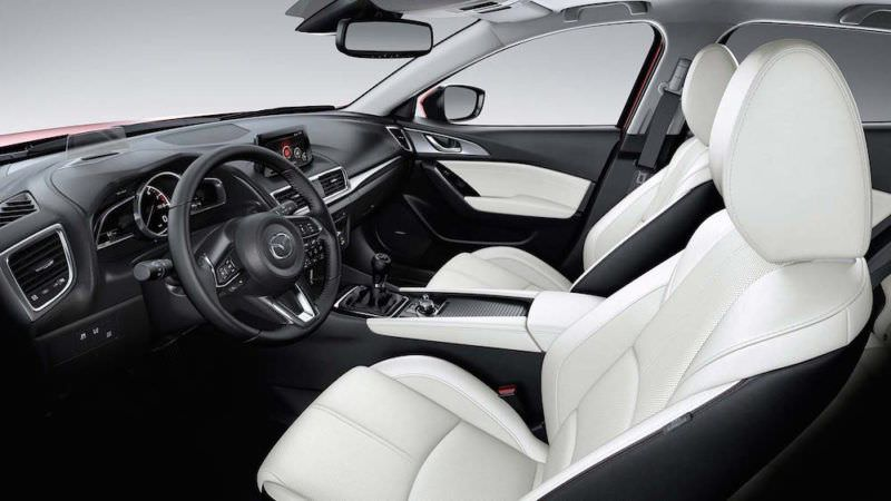 Travel - Mazda 3 - Car review - Florida - USA 1