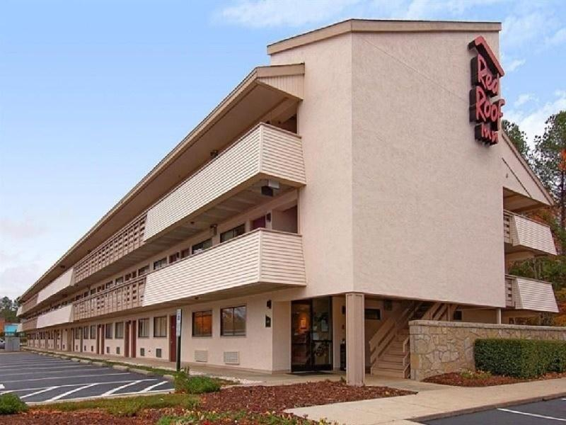 Ultimate List of Best Cheap Hostels for Backpackers in Durham City, North Carolina, Red Roof Inn Durham - Triangle Park