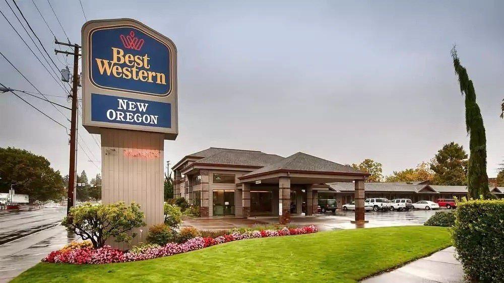 Ultimate List of Best Cheap Hostels for Backpackers in Eugene, Oregon, Best Western New Oregon Motel