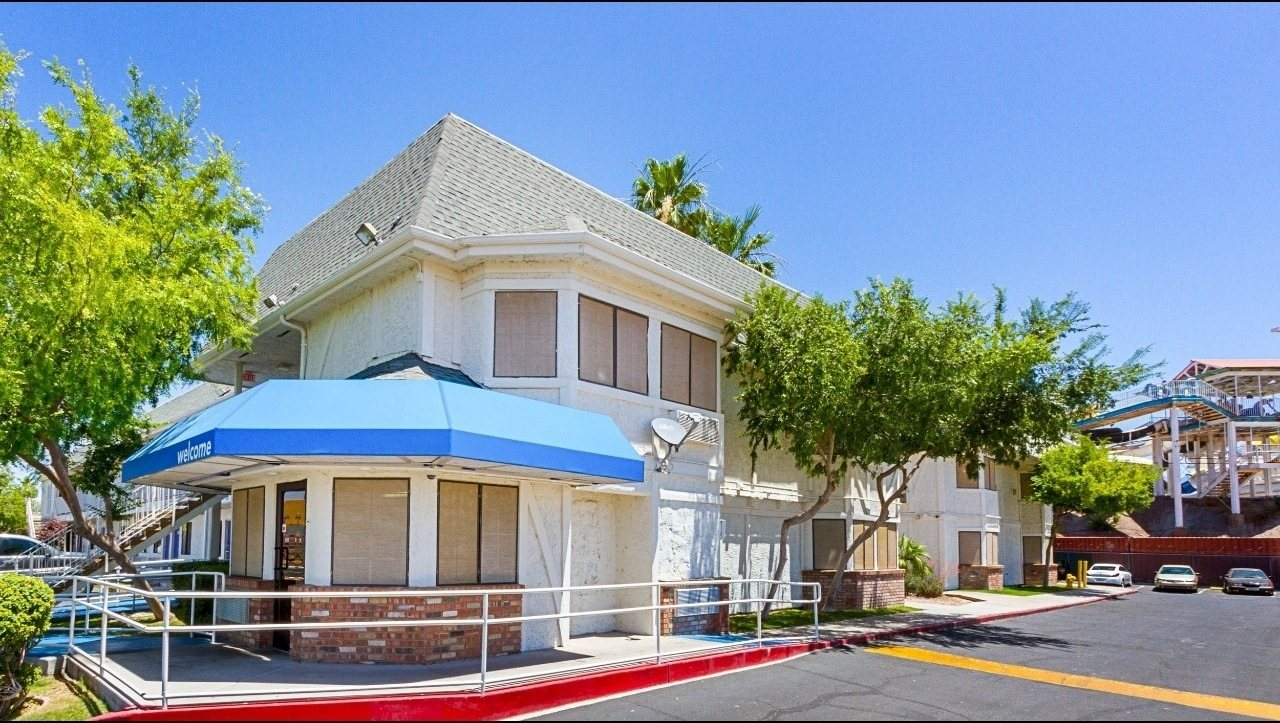 Ultimate List of Best Cheap Hostels for Backpackers in Mesa, Arizona, Motel 6 Mesa South