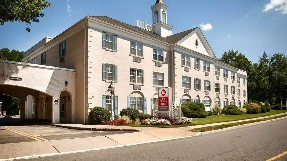 Ultimate List of Best Cheap Hostels for Backpackers in Morristown, New Jersey, Best Western PLUS Morristown Inn