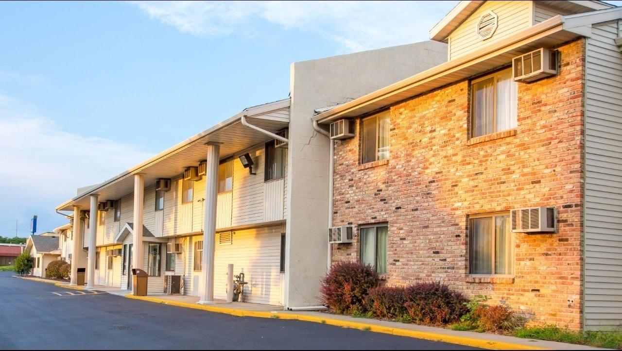Ultimate List of Best Cheap Hostels for Backpackers in Omaha City, Nebraska, Motel 6 Omaha