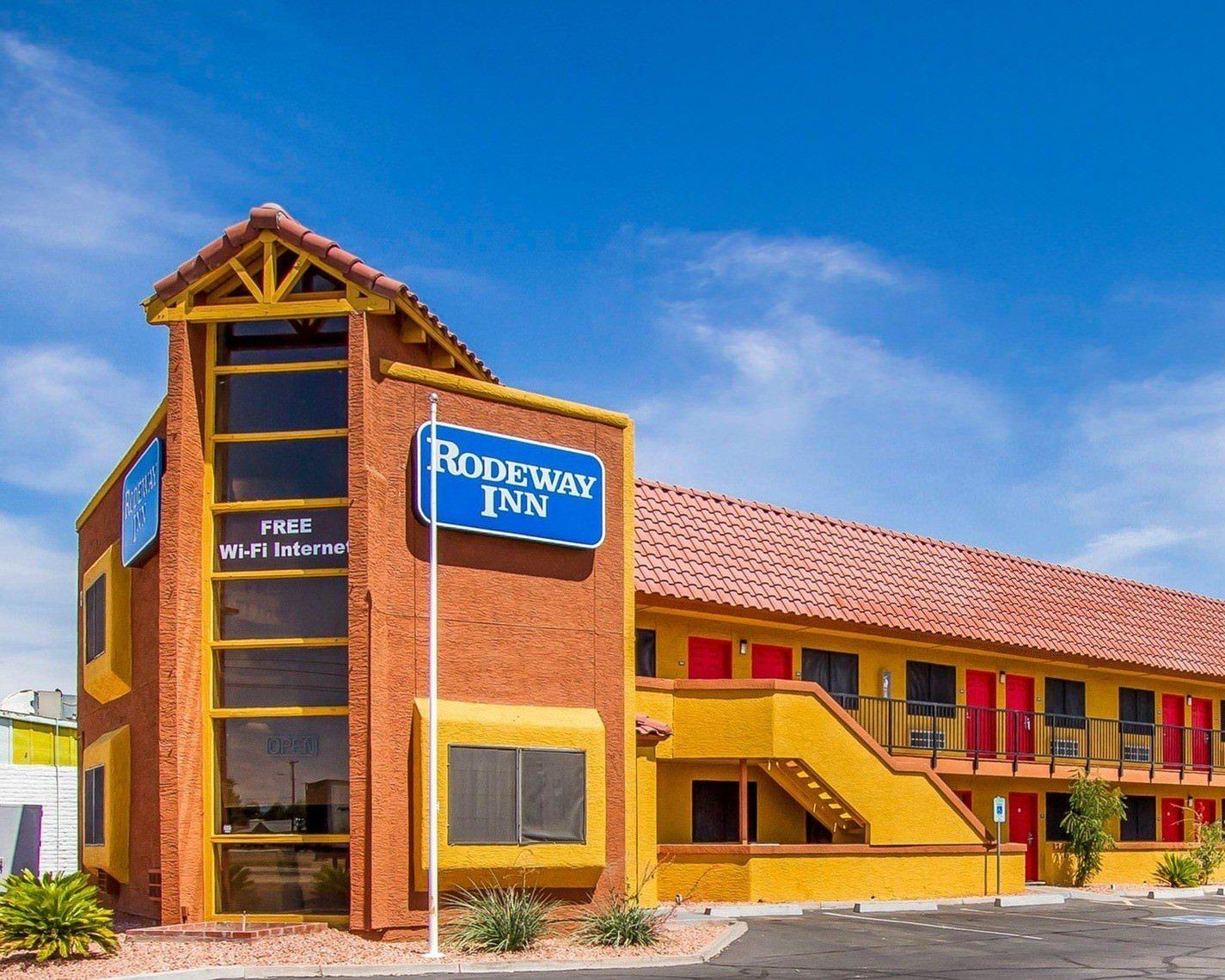 Ultimate List of Best Cheap Hostels for Backpackers in Phoenix, Arizona, Knights Inn Phoenix North