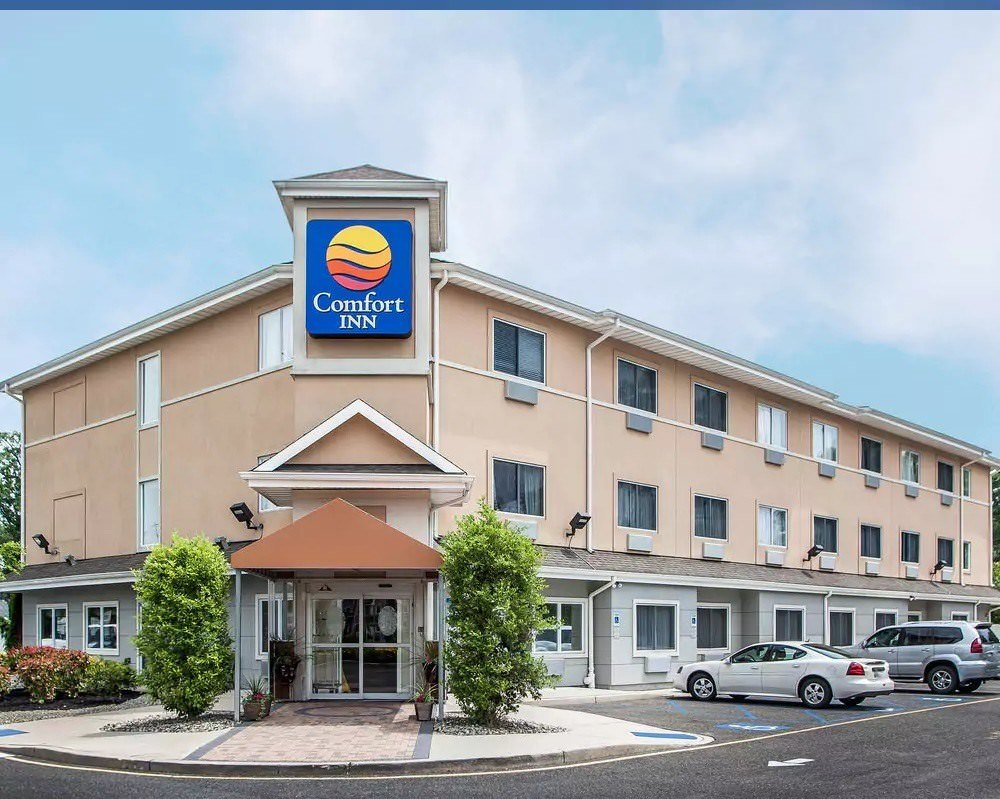 Ultimate List of Best Cheap Hostels for Backpackers in Toms River, New Jersey, Comfort Inn