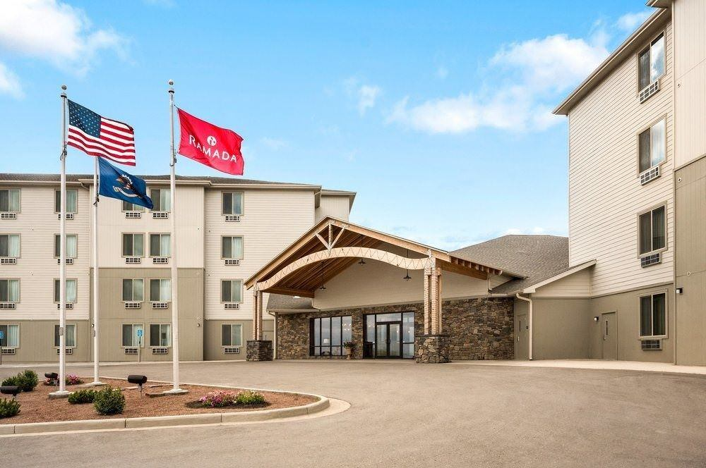 Ultimate List of Best Cheap Hostels for Backpackers in Williston City, North Dakota, Ramada Williston