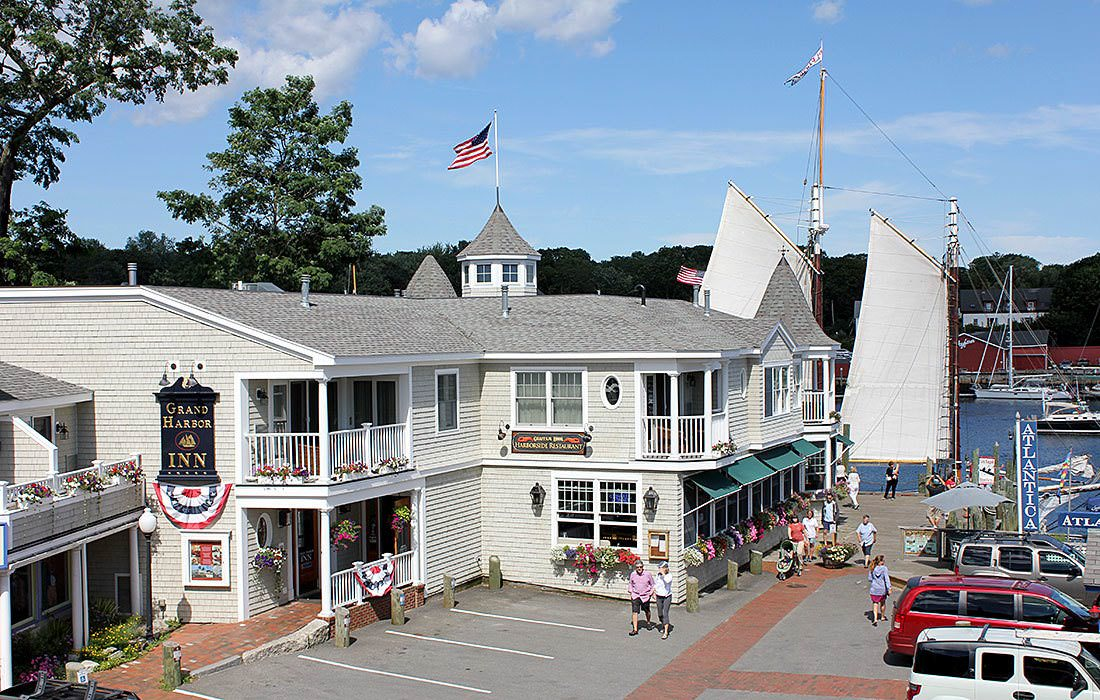 Ultimate List of Best Luxury Hotels in Camden, Maine, Grand Harbor hotel