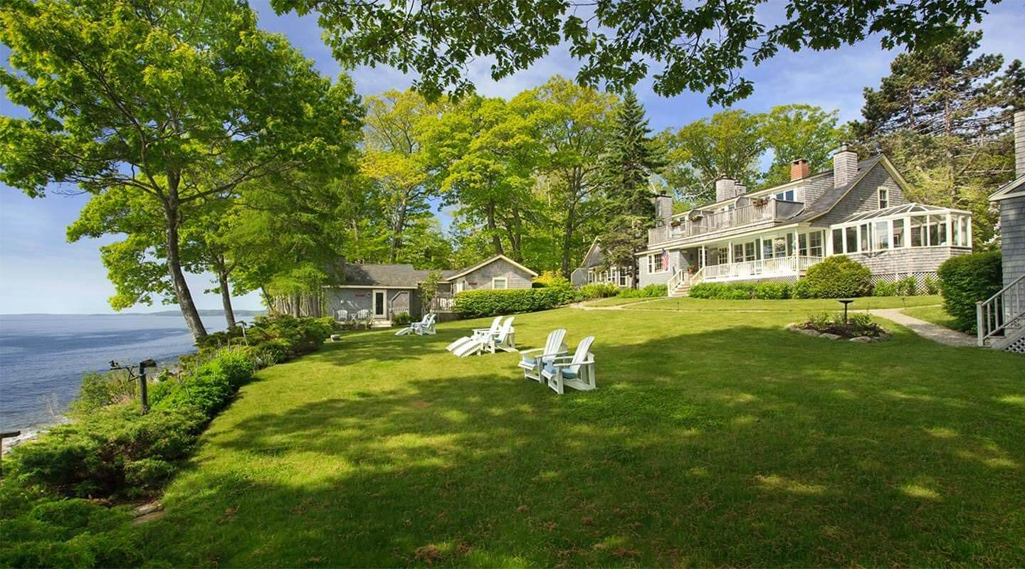 Ultimate List of Best Luxury Hotels in Camden, Maine, hotel at Sunrise Point