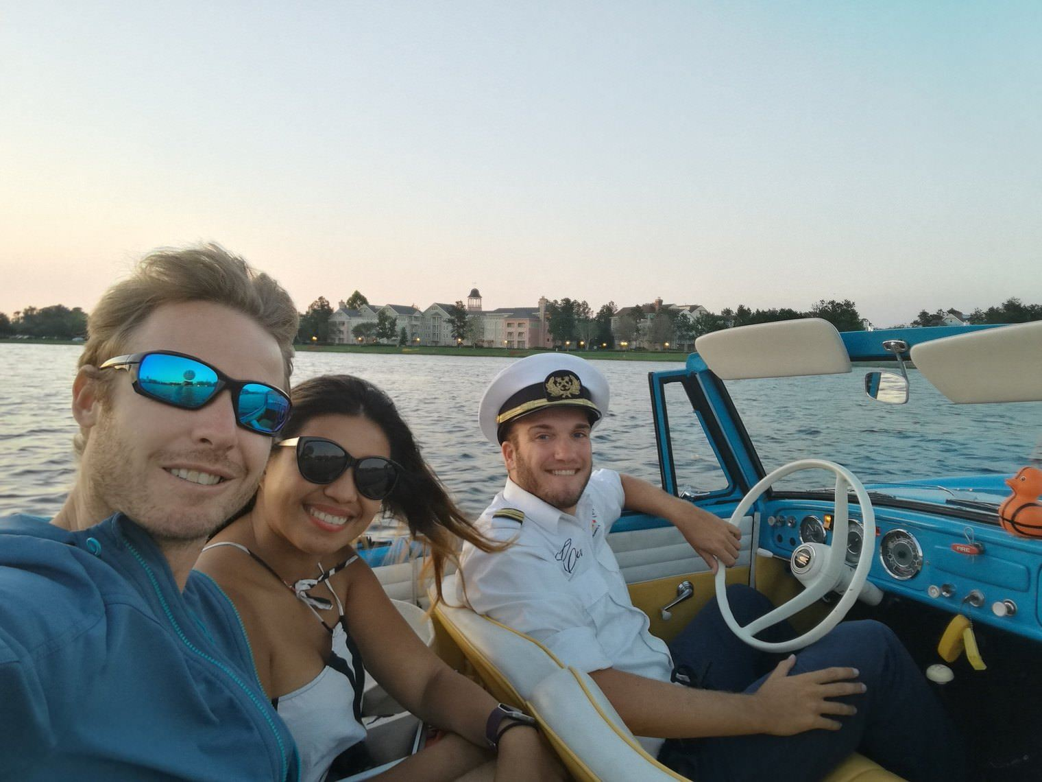 kissimmee_selfiie_with_amphicar_driver