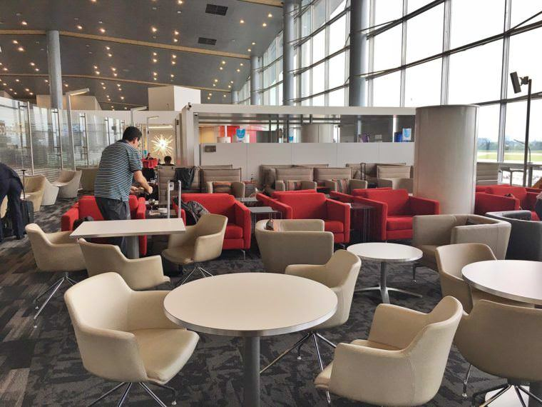 Business Class Experience with Avianca Airlines from Miami to Colombia to Madrid